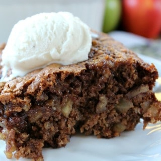 Apple Pecan Bake