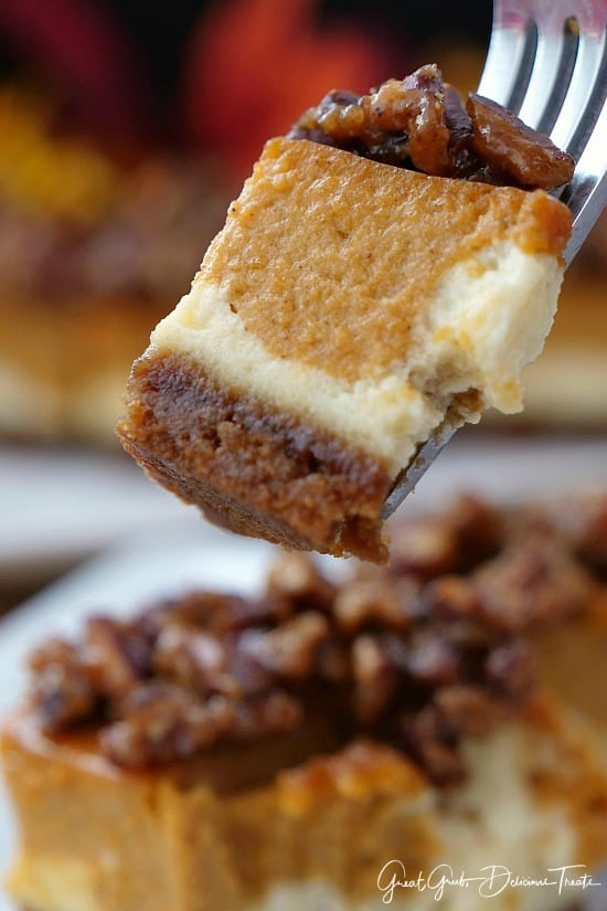 Cheesecake Pumpkin Bars