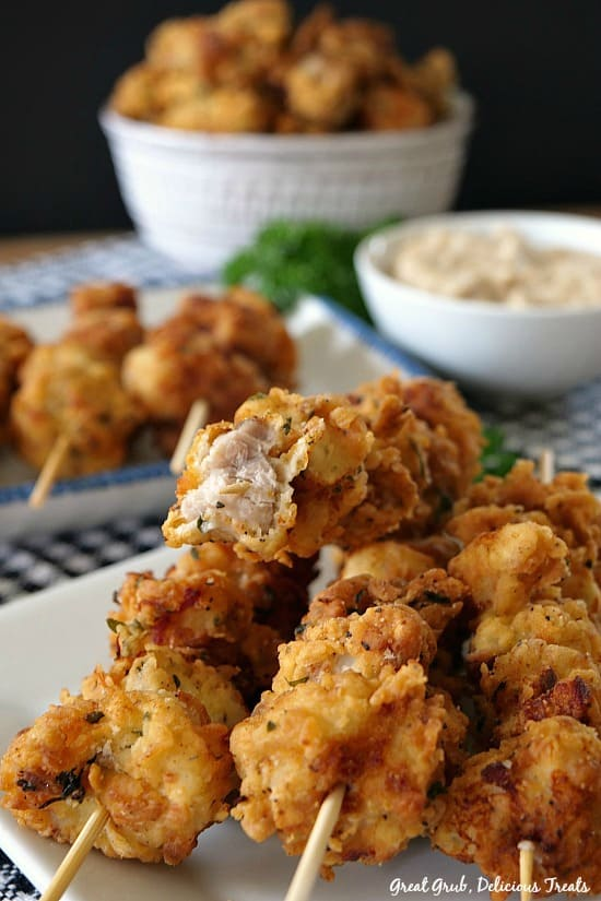 These Chicken Fried Pork Nuggets are a delicious appetizer especially served with a side of homemade country gravy. #comfortfood #pork #friedfood #chickenfriedpork #greatgrubdelicioustreats