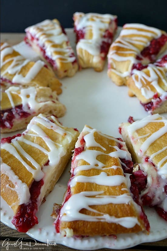 Raspberry Cream Cheese Pastry