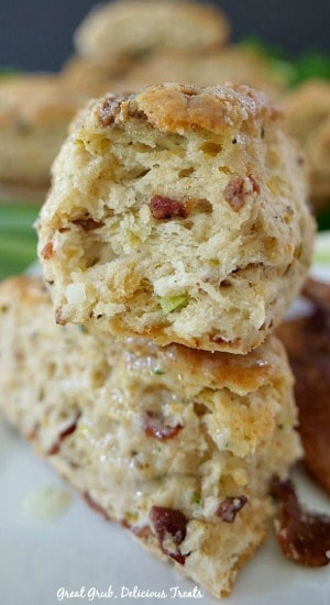 Cheesy Bacon Green Onion Scones are savory scones made with cheese, bacon, green onions, jalapenos, seasoned perfectly.