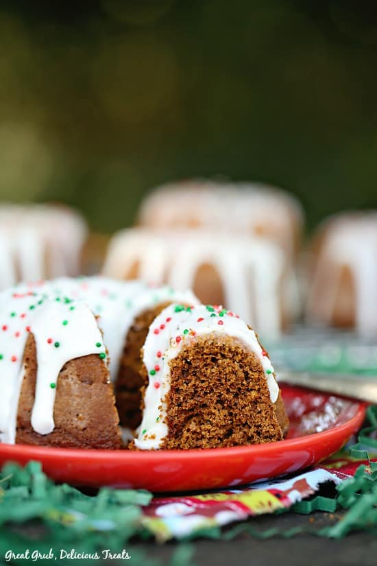 Gingerbread Mini Bundt Cakes are the perfect little cakes to bake for the warm cozy holidays.