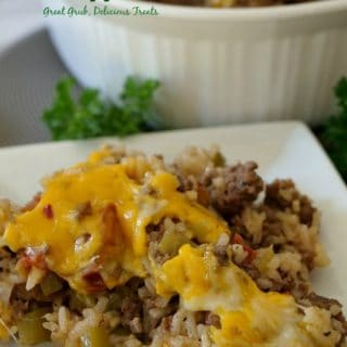 Stuffed Bell Pepper Casserole is full of ground beef, bell pepper, rice, seasonings and cheese.