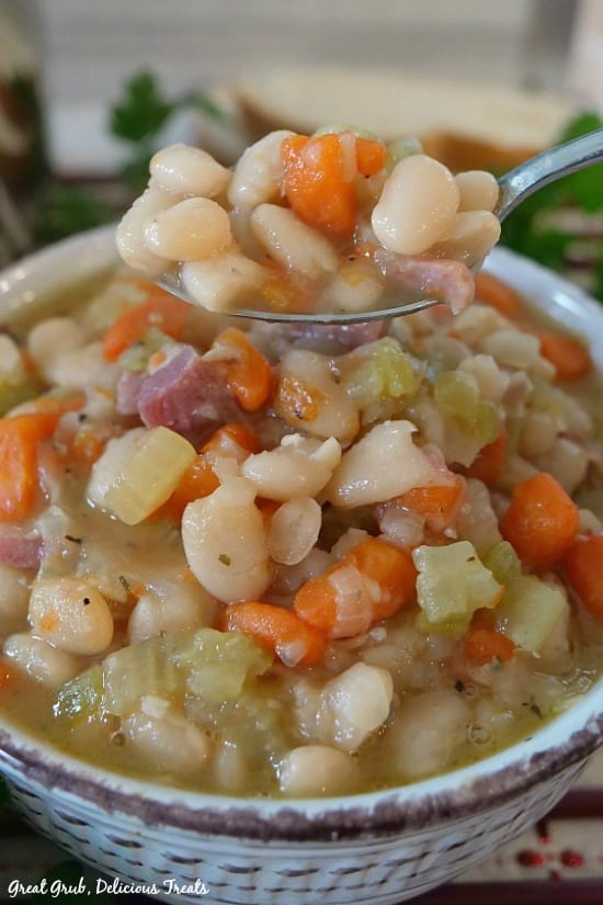 Ham and Bean Soup is hearty, delicious, filling and a delicious soup recipe.